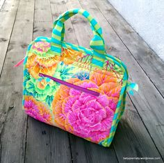 makers-tote-side-view-kaffe-fassett-freespirit-tula-pink-betyipiernaty