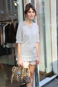 How to get the Alexa Chung-look for yourself!