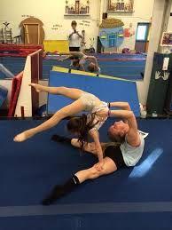 gymnastics tricks for dancers Gymnastics Moves, Gymnastics Tricks, Acrobatic Gymnastics, Gymnastics Pictures, Dance Pictures, Dance Tips, Dance Poses, 2 Person Stunts, Partner Acrobatics