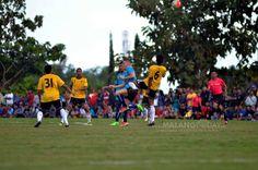 Laga Pembuka Liga 1 Arema Kontra Persib Bakal Berlangsung Sengit https://malangtoday.net/wp-content/uploads/2017/03/uji-coba-arema.jpg MALANGTODAY.NET – Laga pembuka Gojek Traveloka Liga 1 antara Arema FC kontra Persib Bandung diprediksi akan berlangsung sengit. Duel 'duo biru' tersebut kemungkinan besar bakal menyajikan pertandingan yang keras dan saling serang, mengingat rivalitas kedua tim. Selain itu, debut pemain bintang... https://malangtoday.net/malang-raya/arema