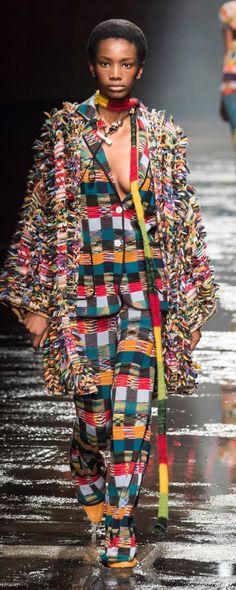 Missoni Fall-winter - Ready-to-Wear Fashion 2018, Fashion Week, Fashion Over 50, Fashion Brands, Fashion Tips, Fashion Stores, Missoni, African Men Fashion, Womens Fashion