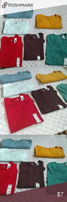Old Navy t shirts men's large This listing is for a mint colored Old Navy shirt.  No issues. Old Navy Shirts Tees - Short Sleeve