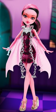 "Draculaura Haunted: Getting Ghostly Monster High Doll - This doll shows Draculaura transformed into a ghost as she appeared in the ""Haunted"" Monster High movie. Monster High House, Monster High School, Monster High Cakes, Frankenstein's Monster, Monster High Dolls, Ever After High, Draculaura, Monster High Pictures, Ever After Dolls"
