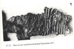 A textile fragment on iron scissors. From Birka grave pleats may run horizontally, in which case could be sleeve piece? Viking Clothing, Historical Clothing, Women's Clothing, Viking Costume, Norse Vikings, Textiles, Clothing And Textile, Viking Age, Iron Age