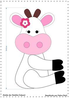 Vaquinha na latinha com molde Felt Patterns, Sewing Patterns, Felt Crafts, Diy And Crafts, Cow Craft, Yarn Animals, Cow Pattern, Felt Decorations, Tea Art