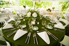 Green table setting for a Best Wedding Blogs, Wedding Ideas To Make, Our Wedding, Wedding Reception, Wedding Stuff, Green Tablecloth, Wedding Tablecloths, Green Color Schemes, Reception Seating