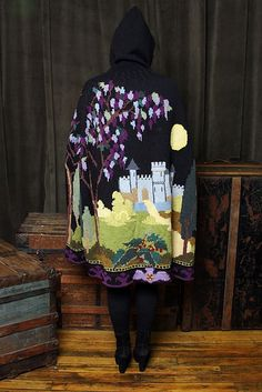 Enchanted French Traveling Cape pattern by Nicky Epstein #knit: