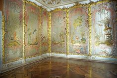 Chinese Palace, Beaded Salon in Oranienbaum, St. Petersburg