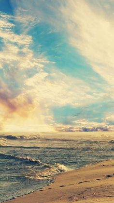 Customize your iPhone5 with this high definition 640x1136 Beach and Sky wallpaper from HD Phone Wallpapers!