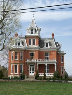 OH Hancock County – House – Fancy Houses Victorian Buildings, Victorian Architecture, Beautiful Architecture, Beautiful Buildings, Beautiful Homes, Victorian Houses, Victorian Decor, Classical Architecture, Abandoned Houses