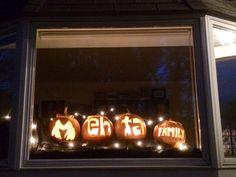 Jack-o'-lantern display 2014!
