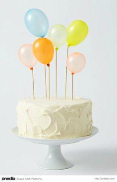 Doğum günü pastasını süslemek