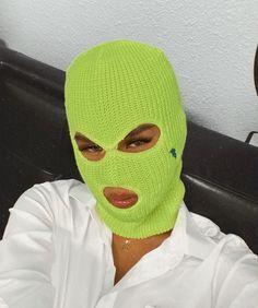 Sister Wallpaper, Bad Girl Wallpaper, Girl Gang Aesthetic, Thug Girl, Hood Girls, Gangster Girl, Aesthetic Photography Grunge, Shadow Photography, Mask Girl