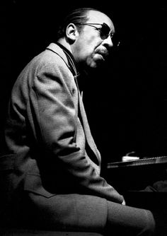 We celebrate the birthdays of two frequent Miles Davis collaborators - Red Garland (May 1923 - hard-bop pianist, known for his block-chord style. Garland became famous in 1955 when he. Jazz Artists, Jazz Musicians, Music Artists, Soul Music, Music Is Life, My Music, Francis Wolff, Red Garland, Hard Bop