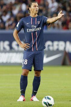 Mancini: Dzeko unlikely to leave