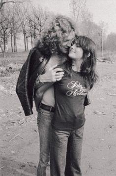 Robert Plant and Audrey Hamilton, Led Zeppelin groupie. Audrey Hamilton, Arte Led Zeppelin, Hard Rock, Famous Groupies, Rock And Roll, Robert Plant Led Zeppelin, John Bonham, Greatest Rock Bands, San Fernando