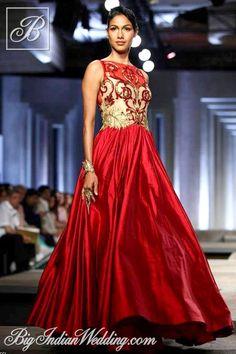 Shantanu Nikhil Aamby Valley India Bridal Week 2013 | Cocktail Wear | Bigindianwedding
