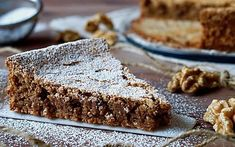 Torta di Noci Mary Berry Desserts, Cake Cookies, Cupcake Cakes, Biscotti, Chocolates, Torte Cake, Italy Food, Bakery Cakes, Gluten Free Baking