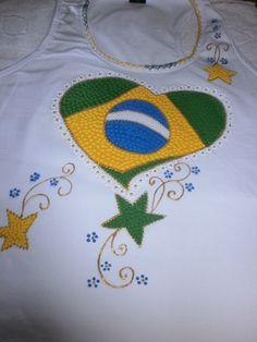 Camiseta nadador com Coração Brasil e Estrelas