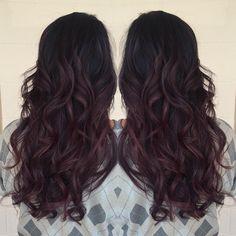 Balayage Oscura, Vinos Tintos, Pelo Rojo, Haircolor, Pelo Taylors, Wine Balayage, Burgandy Balayage, Burgandy Hair, Raven Beauty