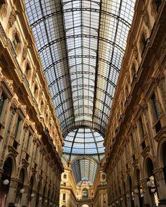 #architecture #building #Milan #architexture #city #buildings #Milano #Italy #visit_milano #igersMilano #ilovemilano #lombardy #galleriavittorioemanuele #milanodavedere #tourism_in_italy #architecturelovers #lines #geometria #simmetry #archilovers #architectureporn #bestitaliapics #pocket_italy #archidaily #composition #geometry #perspective #geometric #simmetria by maleonora_giorgi