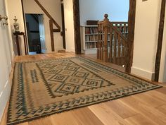 Kilim Rug from The Handmade Rug Company- www.thehandmaderugcompany.com Fantastic natural dyed Kilim ( kelim ) rug in a beautiful home. Interiors Beautiful Interiors, Beautiful Homes, Rug Company, Kilim Rugs, Natural, Handmade, Home Decor, House Of Beauty, Hand Made