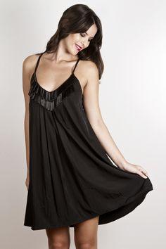 vestido bordado con canutillos