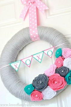 Felt Rose Wreath tutorial