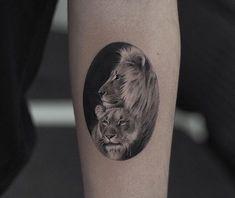 Lion Cub Tattoo, Lion And Lioness Tattoo, Cubs Tattoo, Tiger Tattoo, Arm Tattoo, Dainty Tattoos, Mini Tattoos, Body Art Tattoos, Small Tattoos