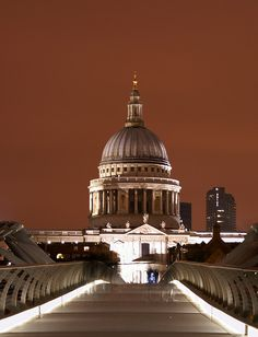 """St. Paul's Cathedral, London, UK (the day i'm there, i will burst into the most epic rendition of """"Feed the Birds"""" ever.)"""
