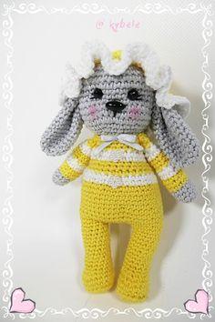 UNIQUE CREATION Bio Häkelhase aus dem Hause Kybele 18 cm Bio Baumwolle Schurwollfüllung Crochet Hats, Teddy Bear, Vintage, Toys, Animals, Bunny, Craft Gifts, Cotton, Schmuck