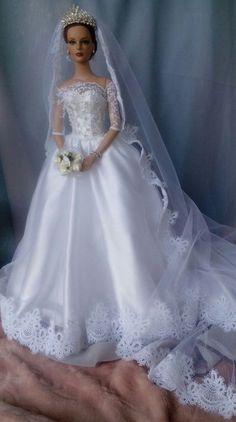 Barbie Bridal, Barbie Wedding Dress, Wedding Doll, Barbie Gowns, Barbie Dress, Barbie Clothes, Bridal Dresses, Beautiful Barbie Dolls, Pretty Dolls