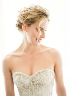 love this beachy glam updo  Photography by ktmerry.com