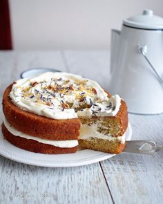 "Victoria, the ""London Fog"" Earl Grey Tea Cake vegan cake victoria london - Vegan Cake Tea Cakes, Food Cakes, Cupcake Cakes, Cake Cookies, Gourmet Cakes, Mini Cakes, Raw Cake, Vegan Cake, Just Desserts"