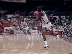 The GOAT smashes one down over the Sixers' David Wingate in Chicago.
