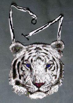 Etsy の White Tiger Peyote Stitch Necklace PATTERN by greendragon9