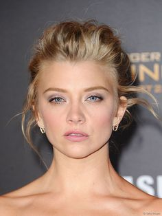 View yourself with this Natalie Dormer Long Wavy Dark Ash Blonde Updo Blonde Updo, Dark Ash Blonde Hair, Wavy Updo, Beige Blonde, Blonde Color, Wedding Hairstyles For Women, Formal Hairstyles, Cool Hairstyles, Medium Hairstyles