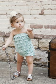 petti rompers make fun photoshoots! 1st birthday pictures 1 year old