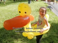 "Don't ask for a ""Big duck"" if you don't want a ""big duck""... She wore this during the entire event and loved the attention.  #partyballoon #balloon #balloons #stlballoon #sammyj #balloonsculpture #bestballoons #balooontwisting #balloontwister #balloonartist #stlouisballoon #balloonart #instaballoon #balloondesign #sammyjballooncreations #sammyjballoons #balloonduck #wearableballoon #rubberduck"
