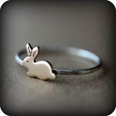Anillo de conejo plata y bronce por LeCubicule en Etsy