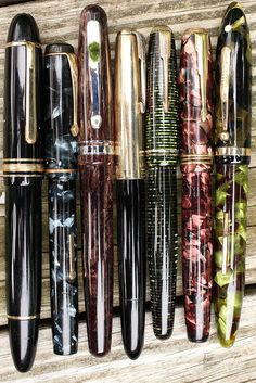 Beautiful Collection of Vintage  Pens!