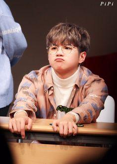 寶寶生氣了 Handsome Faces, Handsome Boys, Can Plan, How To Plan, Best Kdrama, Korea Boy, Portrait Pictures, Baby Planning, Thai Drama
