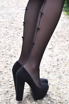 bow tights stitch effect and block heels