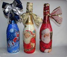 Декор предметов Новый год Декупаж Новогодний декупаж Бутылки стеклянные Ленты Салфетки фото 1