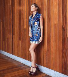 About last night!  O jantar de lançamento da coleção Primavera/Verão 2017 da fast fashion @lojaspompeia no Rio contou com look inspiração por minha Fhits influencer Mariana da @duplacarioca. Na produção combo de tendências: jaqueta jeans com patches  mini dress listrado. Get inspired!  #FhitsRio #FhitsTeam #FhitsTips #PreviewPompeia #LojasPompeia