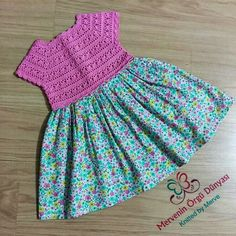 This Pin was discovered by mer Crochet Girls, Crochet Baby, Handmade Baby Clothes, Girls Dresses, Summer Dresses, Kitenge, Little Princess, Future Baby, Baby Dress
