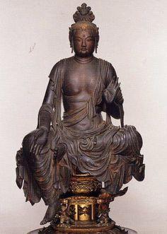 京都 宝菩提院願徳寺の国宝の美仏「如意輪観世音菩薩半跏像」 (あまり知られていないお寺のすばらしいお仏像9) - 白マム印 日本のこと日本のもの