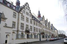 """HANNOVER Nordstadt Das """"Schloss der Chemie"""": Die Gebäude in der Callinstraße, in der sich der Fachbereich Chemie der Universität Hannover befindet, wurden 1909 erbaut. hanover germany"""