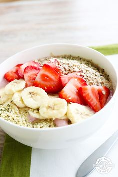 Move over boring oatmeal! Start your Thursday off right with a delicious Strawberry Shortcake Smoothie Bowl. With over 10g of protein (Hemp Hearts alone have 10g of protein per 30g serving), this guilt-free breakfast will fill you up the healthy way. Now you can have your cake and eat it too! Get the full recipe by downloading our FREE Back to School Smoothie Bowls eBook!