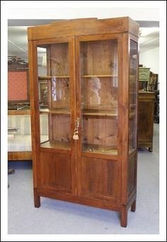 Antica Vetrina Cristalliera, Libreria noce epoca primi 900 ! Provenienza Italia Centrale. Restaurat